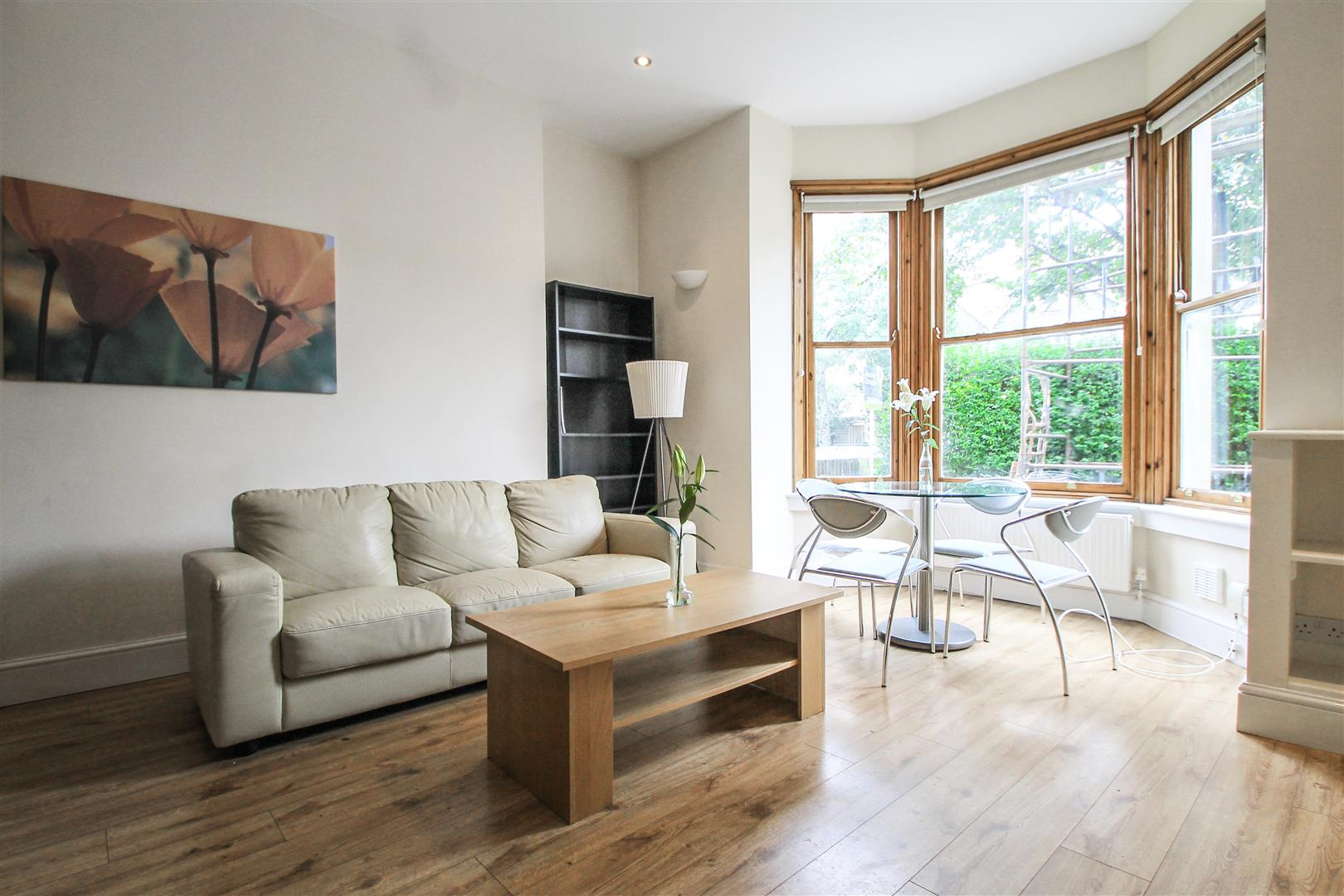 1 Bedroom Apartment Flat for sale in Oakfield Street, Cardiff